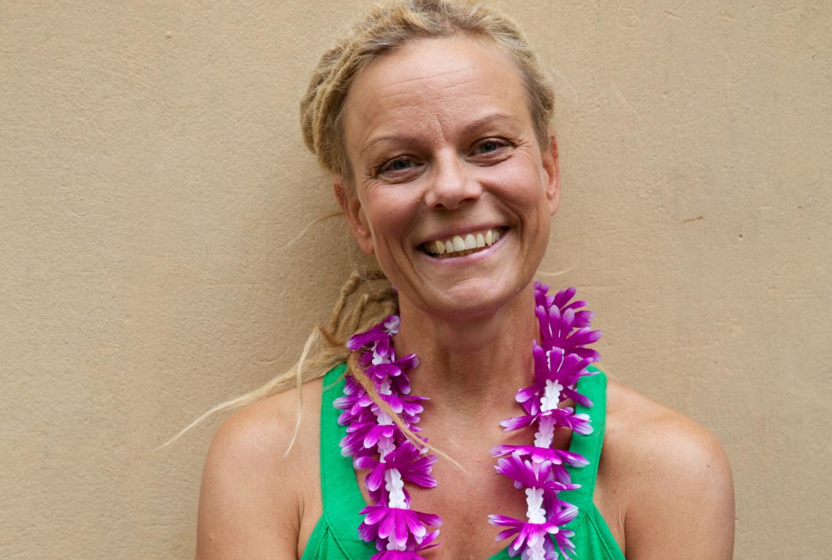 Mallika Giarimi Foto av Jessika Jarl for Hawaiian Lomi Lomi massage i Stockholm